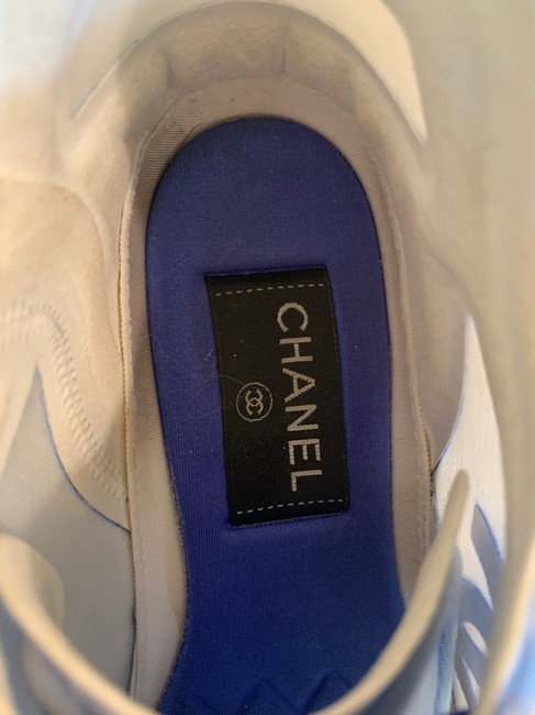 Chanel Blue/White 19p Sneakers Size EU 39 (Approx. US 9) Regular (M, B) Chanel Blue/White 19p Sneakers Size EU 39 (Approx. US 9) Regular (M, B) Image 5