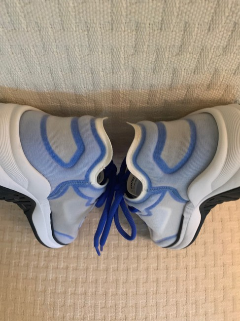 Chanel Blue/White 19p Sneakers Size EU 39 (Approx. US 9) Regular (M, B) Chanel Blue/White 19p Sneakers Size EU 39 (Approx. US 9) Regular (M, B) Image 10