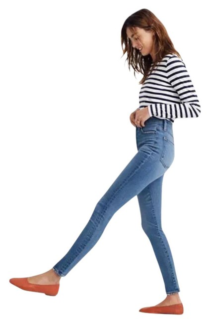 """Item - Blue Light Wash 11"""" High-rise In Maricopa Skinny Jeans Size 28 (4, S)"""
