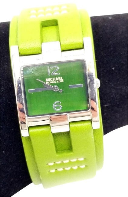 Item - Green Leather Band Watch