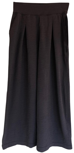 Item - Grey Can You Feel The Pleat Capris Size 4 (S, 27)