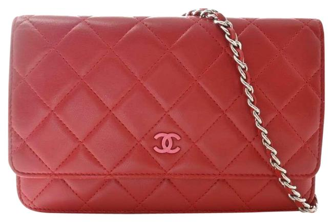 Item - Red Color Lambskin Matrasse Coco Mark Chain Wallet