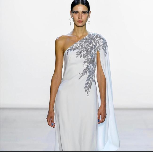 Item - White/Silver One Shoulder Cape Gown Long Formal Dress Size 10 (M)