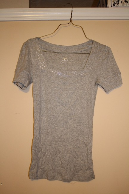 Preload https://item1.tradesy.com/images/express-gray-blouse-size-6-s-295170-0-0.jpg?width=400&height=650