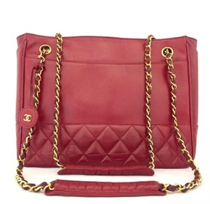 Chanel Gst Leather Classic Chain Flap Tote in Red