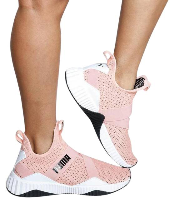 Item - Pink Defy Mid Core Peach Bud / White Low Top Sneakers Size US 6 Regular (M, B)