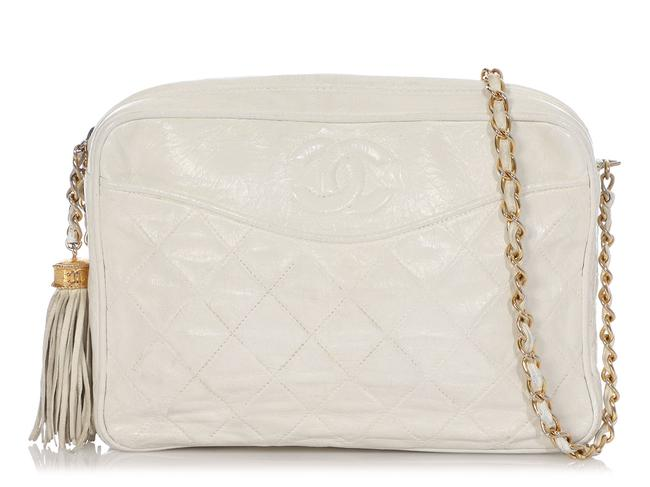 Item - Camera Case Vintage Part-quilted White Lambskin Leather Cross Body Bag