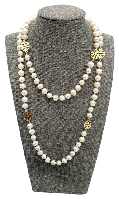 Item - White Long Natural Pearl Gold Logo Necklace