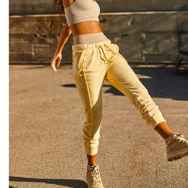 Item - Yellow Work It Out Jogger Pants Size 2 (XS, 26)