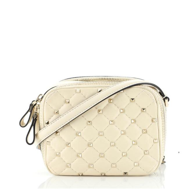 Item - Camera Rockstud Spike Quilted Mini Neutral Leather Cross Body Bag