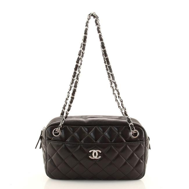 Item - In The Business Quilted Vinyl Large Blaack Patent Leather Tote