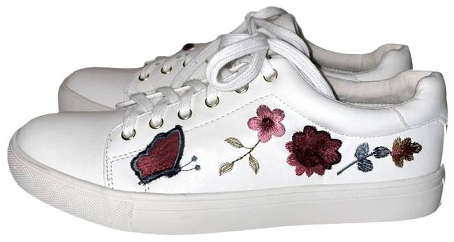 Item - White Wildflower Embroidered Sneakers Size US 10 Regular (M, B)