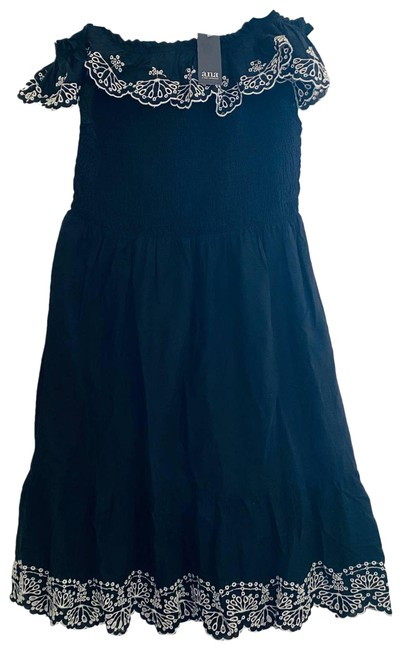 Item - Black Ana Cinched Bodice Off Shoulder with White Eyelet Trim Casual Maxi Dress Size 12 (L)