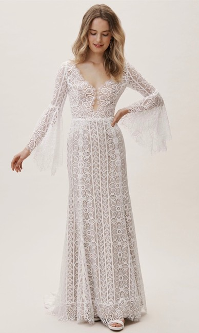 Item - White and Cream Lace Willowby Adelaide Gown Feminine Wedding Dress Size 4 (S)