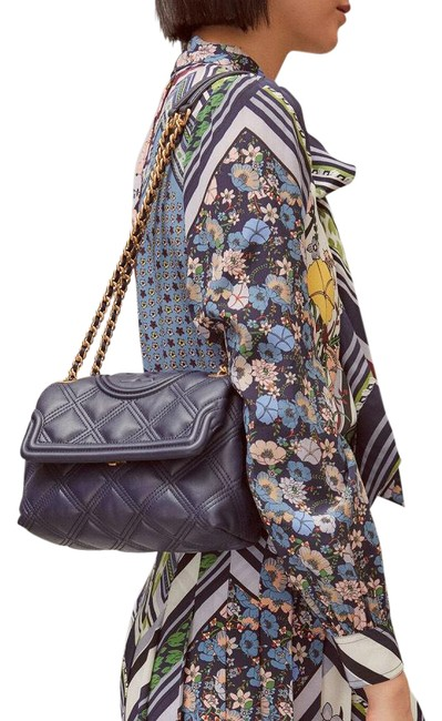 Item - Fleming Quilted Convertible Navy Lambskin Leather Shoulder Bag