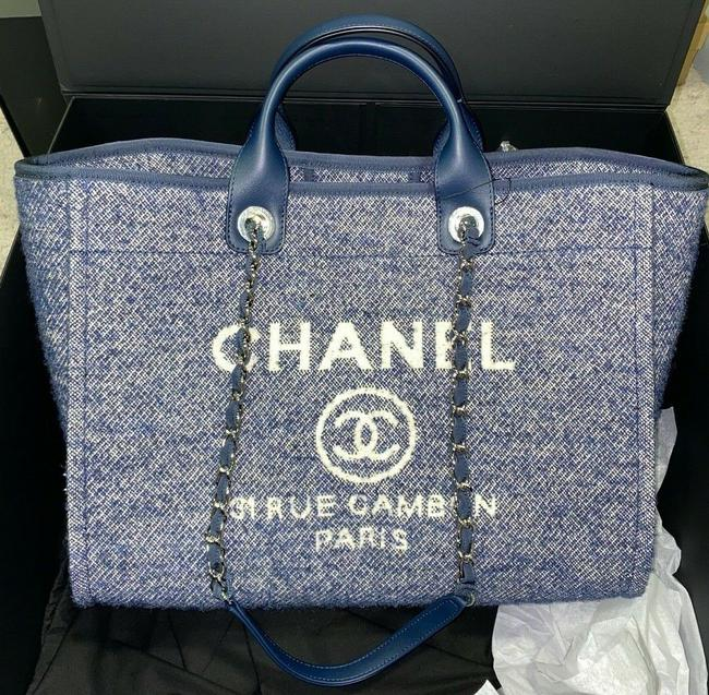 Item - Deauville Tote 21b Beige Large Shopping 30cm 2 Way Silver Chain Blue Leather Shoulder Bag