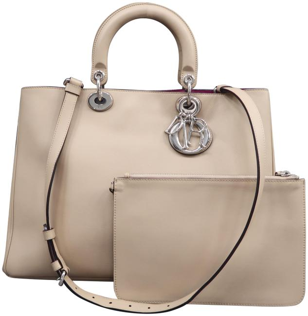 Item - W Christian Large W/P Calfskin Leather Wheat issimo Satchel