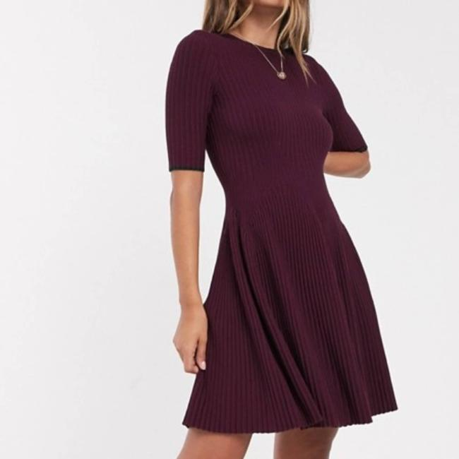Item - Purple Renyina Ribbed Knit Fit and Flare Cocktail Dress Size 14 (L)