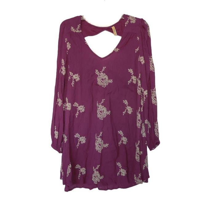 Item - Fuschia Emma Mini with Contrast Floral Embroidery Short Casual Dress Size 2 (XS)