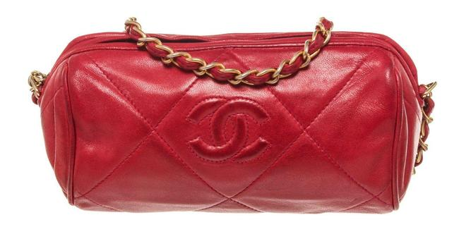 Item - Small Chain Red Leather Shoulder Bag
