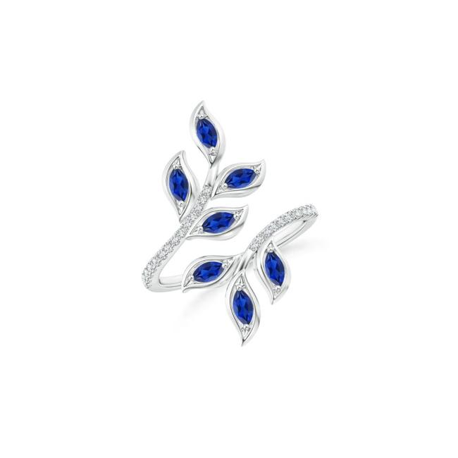 Item - 18k White Gold 1.00ct Marquise Sapphire Olive Leaf Ring