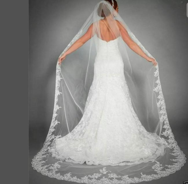 Item - Ivory Long Worn Only Once For An Hour Walking Down The Aisle For Ceremony and For Photos. Very Minimal Dirt Marks That Is Not To No Bridal Veil