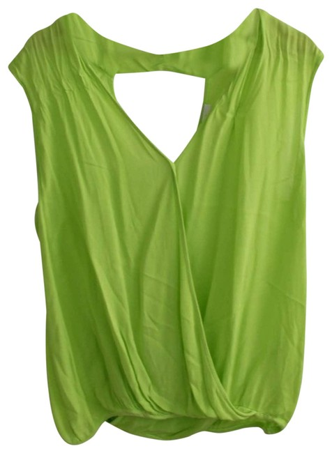 Item - Green Small Blouse Size 6 (S)
