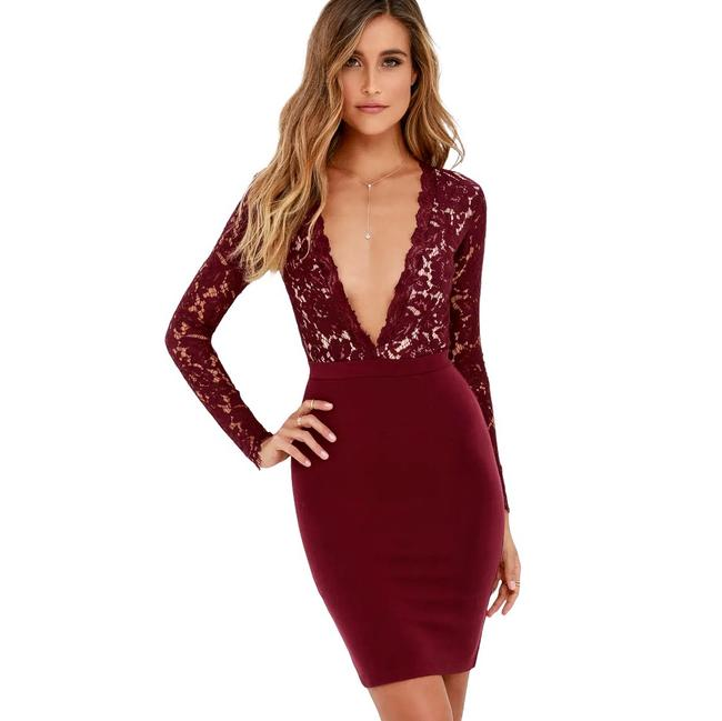 Item - Swoon-er Or Later Burgundy Long Sleeve Lace Short Cocktail Dress Size 4 (S)