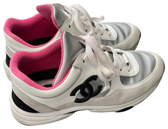 Item - Pink and White Sneakers Size US 9 Regular (M, B)