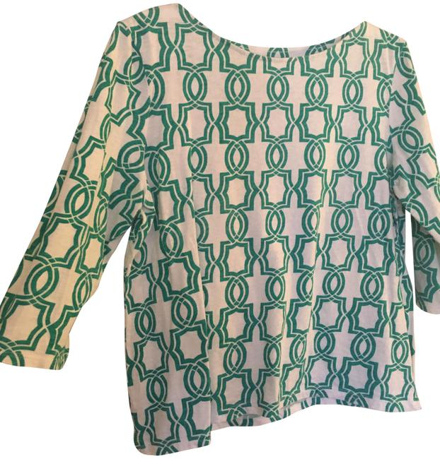 Item - Green and White No Style/Collection Name Tee Shirt Size Petite 12 (L)