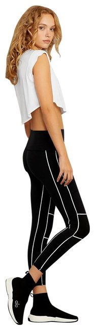 Item - Black Yoga Mid Rise 7/8 Guard In Activewear Bottoms Size 4 (S, 27)