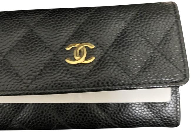 Item - Black Caviar Leather Gold Hardware Quilted Card Case Wallet