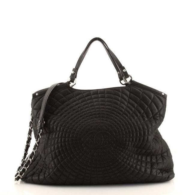 Item - Spiral Sea Hit Quilted Iridescent Calfskin Large Black Leather Tote