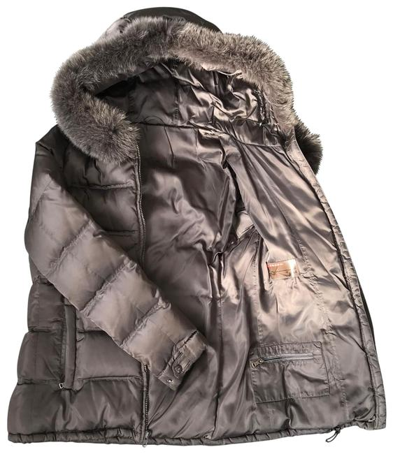 Item - Gray Hooded Jacket with Fox Trim Coat Size 8 (M)