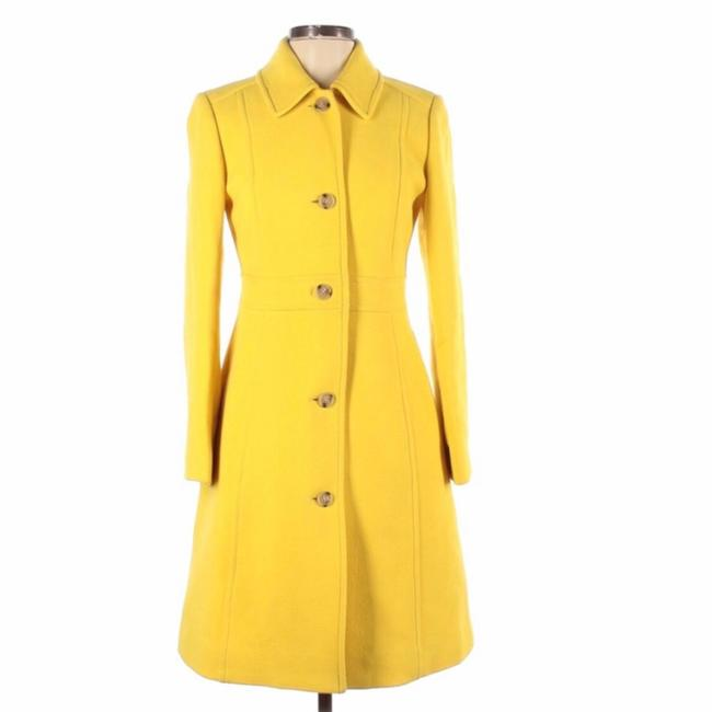 Item - Yellow Like New Classic Day with Thinsulate® Coat Size 4 (S)