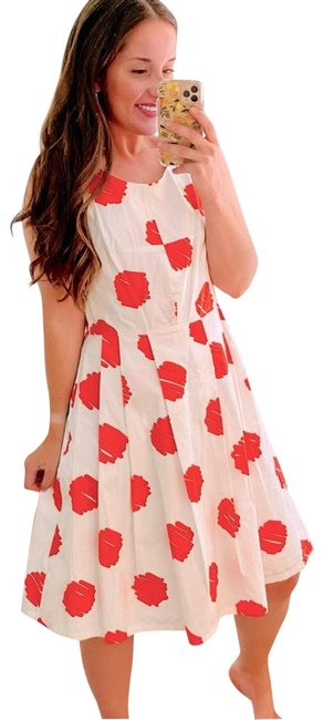 Item - White & Red Elegant Pleated 44 Cocktail Dress Size 12 (L)