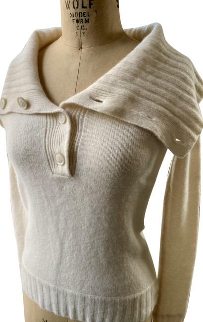Item - Petite Cashmere Shawl Collar Button Front Fitted Cream Sweater