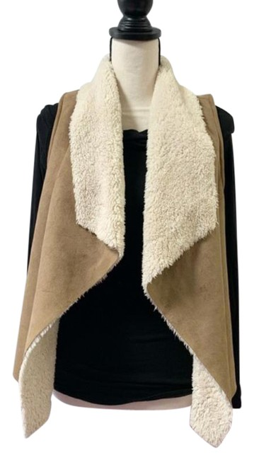 Item - Tan/Off-white Suede with Sherpa Lining Vest Size Petite 6 (S)