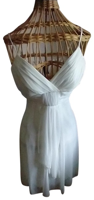 Item - Egg Shell/Whie Free Flowing Sheer Short Formal Dress Size 12 (L)
