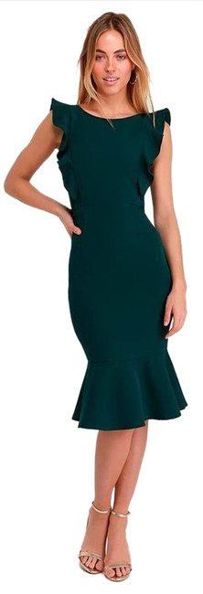 Item - Green Hearts Aflutter Bodycon Mid-length Cocktail Dress Size 8 (M)