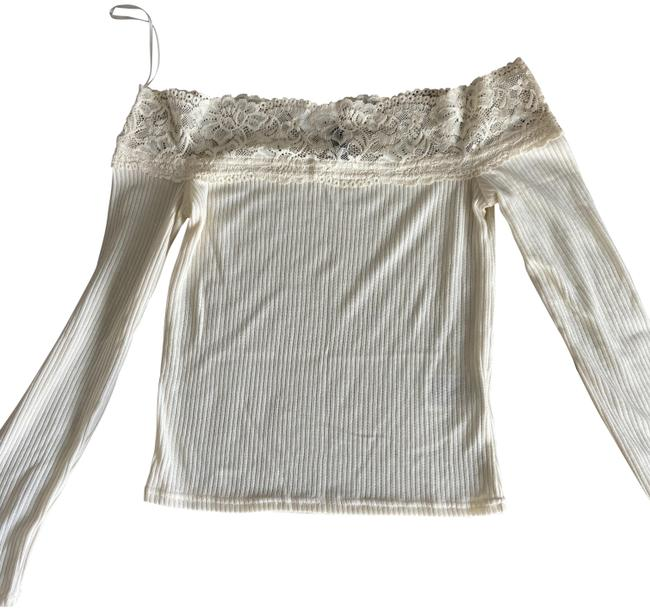 Item - Off Shoulder Size S New with Tags Cream Top