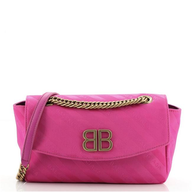 Item - Bb Chain Round Quilted Small Pink Satin Shoulder Bag