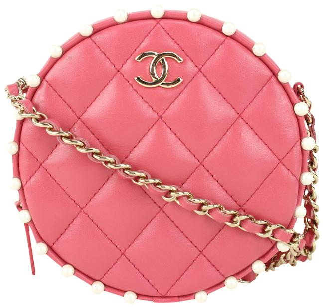 Item - Clutch Rose Quilted Round Chain 123c728 Dark Pink Lambskin Leather Cross Body Bag