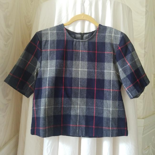 Item - Blue/Grey/Red And Plaid Tee Shirt Size 4 (S)