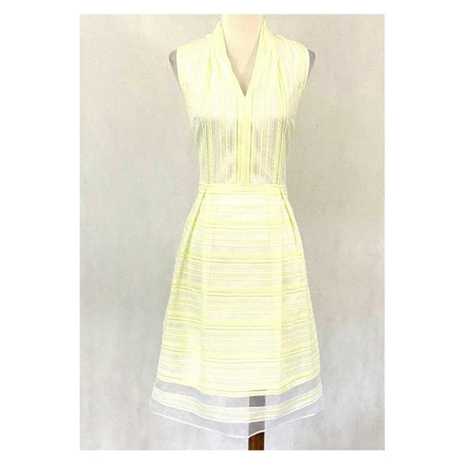 Item - White Sleeveless Textured Chiffon Fit-flare Mid-length Work/Office Dress Size 4 (S)