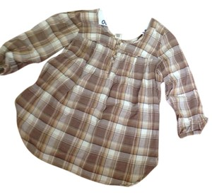 A Pea In The Pod Top Maternity Brown flannel