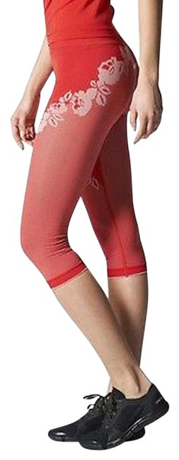 Item - Red Seamless Compression Tights with Roses Activewear Bottoms Size 4 (S, 27)