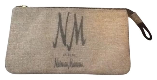 """Neiman Marcus Tan with Black Text New """"Nm Is For """" Wristlet/Cosmetics Cosmetic Bag Neiman Marcus Tan with Black Text New """"Nm Is For """" Wristlet/Cosmetics Cosmetic Bag Image 1"""