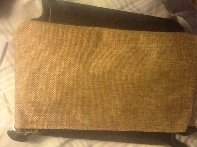 """Neiman Marcus Tan with Black Text New """"Nm Is For """" Wristlet/Cosmetics Cosmetic Bag Neiman Marcus Tan with Black Text New """"Nm Is For """" Wristlet/Cosmetics Cosmetic Bag Image 5"""