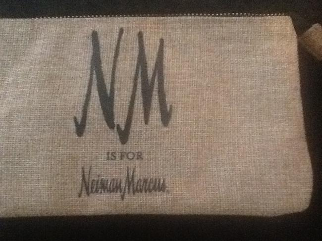 """Neiman Marcus Tan with Black Text New """"Nm Is For """" Wristlet/Cosmetics Cosmetic Bag Neiman Marcus Tan with Black Text New """"Nm Is For """" Wristlet/Cosmetics Cosmetic Bag Image 8"""